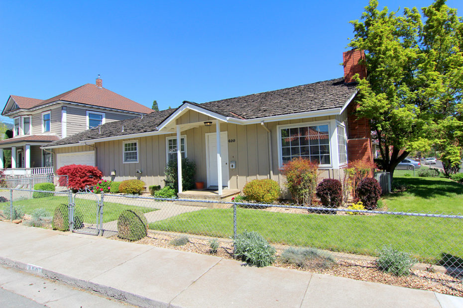 House for Sale 400 North St, Yreka, CA 96097